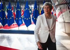 Brexit, May conferma al parlamento: fuori dal mercato unico