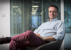 Microsoft, ricercatore siciliano al lavoro per curare tumori con i robot