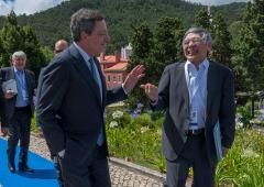 Dal Giappone all'Italia: le lezioni economiche dal debito più alto del mondo
