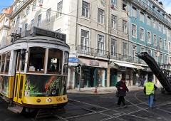 Portogallo rifiuta austerity, economia si riprende