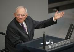 """Schaeuble: """"cresce rischio scoppio bolla, troppa liquidità"""""""