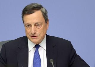 Draghi difende bazooka monetario e stime sull'inflazione