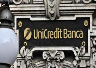 Unicredit, Ubs: bene