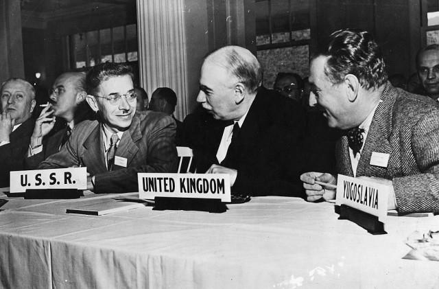 Economista inglese Keynes è stato uno degli artefici degli accordi di Bretton Woods con cui si è detto addio al sistema aureo