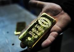 Oro ancora in rally ma fuga degli investitori è dietro l'angolo
