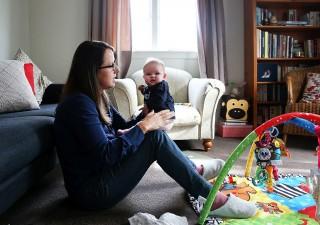 Pensioni: dal governo uno sconto sull'Ape per le donne con figli