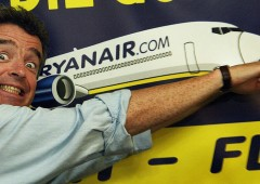 Alitalia: Ryanair si fa avanti e intanto taglia secondo bagaglio a mano