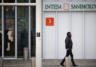 Accordo Intesa Sanpaolo-Sisal, la banca approda in tabaccheria