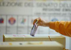 """Capogruppo partito di Monti: """"Politici siano pagati di più. Vitalizio è un diritto"""""""