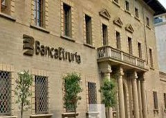 Banca Etruria: consiglieri e sindaci alla cassa
