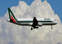 Corsa a quattro per il rilancio di Alitalia