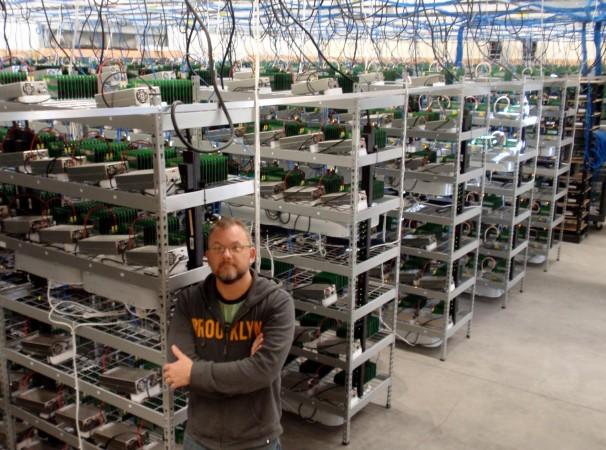 Carlson è un miner di bitcoin che ha avuto enorme successo. MegaBigPower, la sua società, si occupa di una parte consistente del suo mining per un grande investitore, il BioInfoBank Institute in Polonia