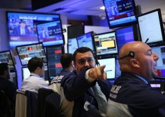 JP Morgan: guadagni nel 2019 poi la crisi, mercati giù del 48%