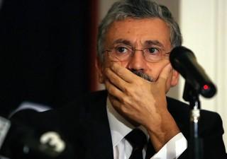 Caos Manovra: maggioranza in bilico, vice ministro si dimette