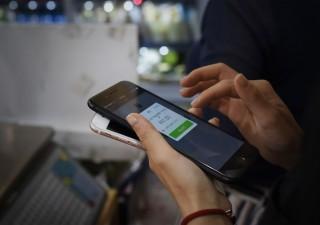 Cina: contanti stanno morendo, boom dei pagamenti mobili