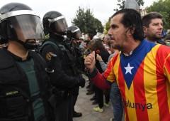 Catalogna, polizia tenta di impedire referendum: centinaia di feriti