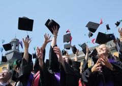 Universitari a caccia della borsa di studio