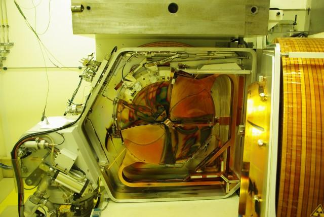 Un ciclotrone di AAA aperto