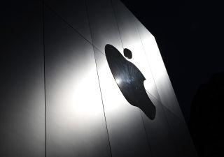 Apple supera i 2.000 miliardi di capitalizzazione