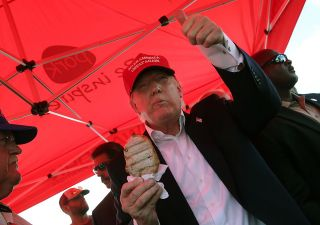 Wall Street in ansia per salute Trump: mangia male e dorme poco