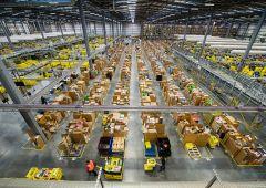 Amazon brucia più posti di lavoro di quelli che crea?