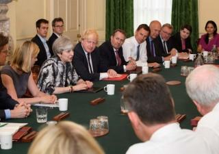 Crisi a Londra: May potrebbe perdere un altro ministro