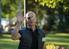 Bezos approfitta dei record Amazon, vende azioni per $3,1 miliardi