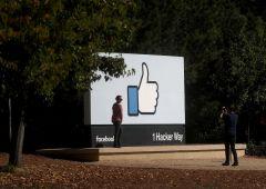 """Ex presidente Facebook: """"Solo Dio sa cosa sta facendo ai bambini"""""""