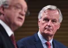 """Brexit, Barnier: """"Ue non farà concessioni, Londra deve saldare i conti"""""""