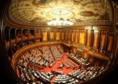 Manovra: governo battuto su riforma Inps