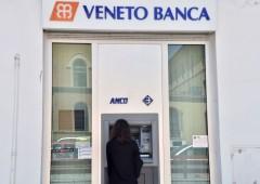 Veneto Banca: risparmiatore sfonda porta di ingresso con auto