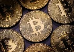"""Parte male il 2018 del Bitcoin: prezzi sotto $14 mila. Stockman: """"finirà con un enorme crash"""""""