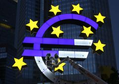 Zona euro: crescita record, massimi di 12 anni