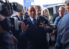 """Ex direttore Economist: """"meglio Berlusconi di Di Maio"""""""