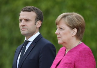 Asse franco-tedesco: sí a bilancio anticrisi per Eurozona