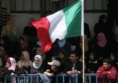 Tra due generazioni italiani saranno minoranza in patria