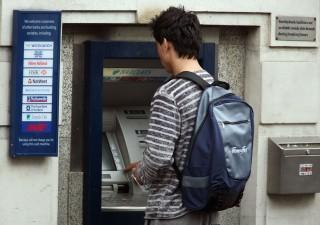 Truffa ai bancomat: sistema a jackpot fa