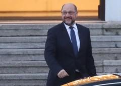 Germania verso nuovo governo, Spd dice sí a Merkel