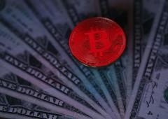 Bitcoin: Nasdaq vuole lanciare futures, voci su piattaforma Amazon