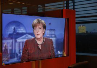 Germania: Merkel in difficoltà nel formare nuovo governo