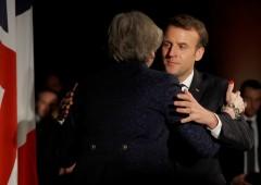 """Macron: """"Meno accesso all'Ue se Londra lascia il mercato unico"""""""