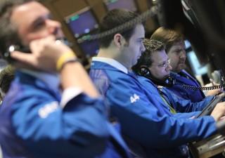 Fine QE fa paura: investitori corti su credito, non succedeva dal 2011