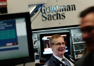 Goldman Sachs prende distanze da JP Morgan: