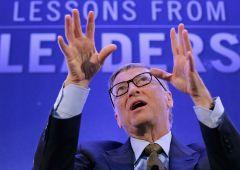 """Bill Gates: """"Questioni commerciali spaventose, allarme per i paesi più poveri"""""""