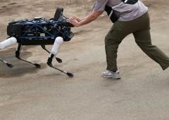 Video inquieta ricercatori: robot collaborano in modo autonomo