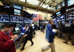 Mercati, fuga record da fondi azionari Usa