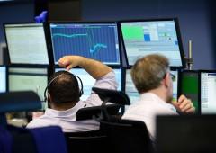 Borse mettono da parte tensioni commerciali dopo dati macro