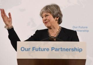May: Brexit per riprenderci confini, leggi e soldi