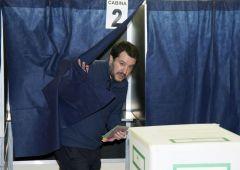 """Elezioni, la reazione dei politici. Salvini: """"Euro resta moneta sbagliata"""""""