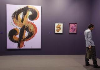 Mercati, PIMCO: guerra valutaria renderà ancora più forte il dollaro